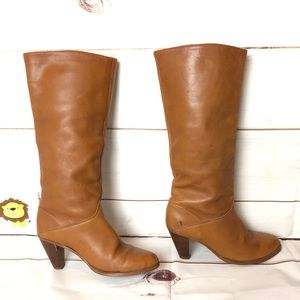 FRYE tall leather heeled boots honey brown size 8